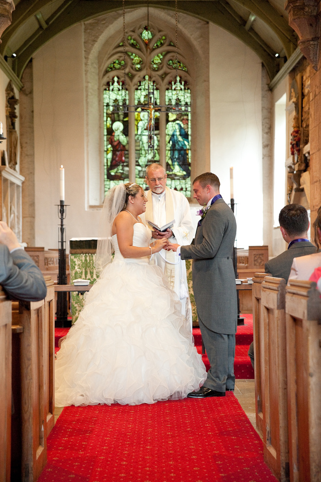 wedding photography of exchanging of rings