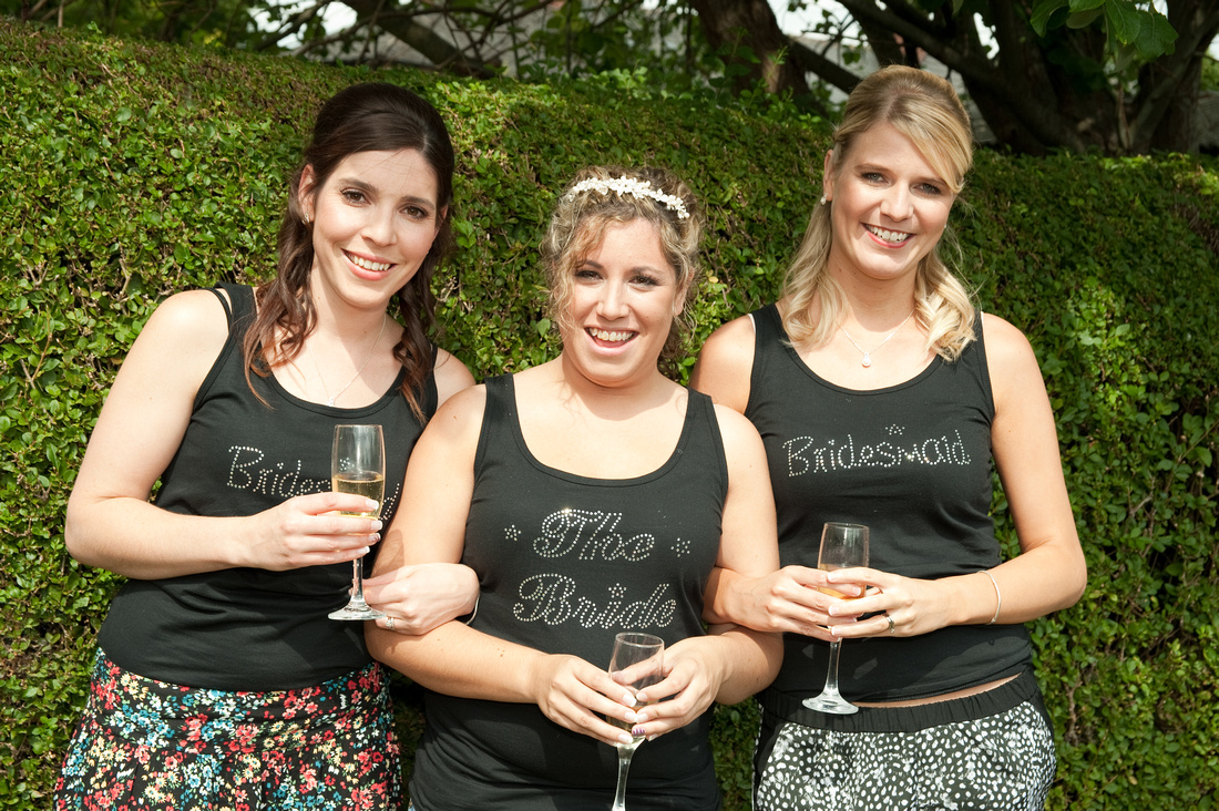 bride and bridesmaids photograph